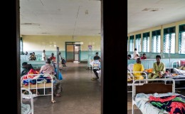 Kagadi Hospital – Reparto